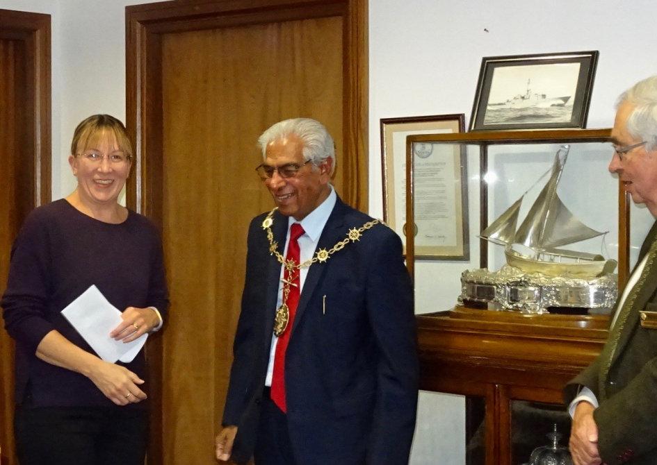 Deborah Keys of Hive Hope with the Mayor